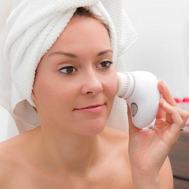 Facial Cleaner Brush